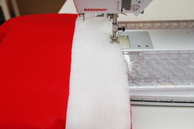 como-hacer-forros-navidenos-de-sillas-8