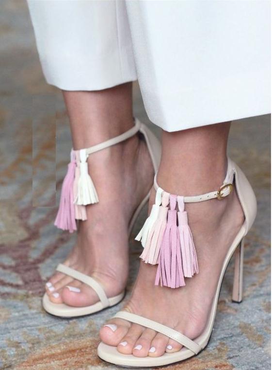 Como renovar sandalias con flecos en cuero