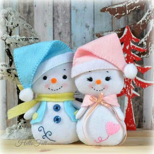 Muñecos de nieve en fieltro con molde