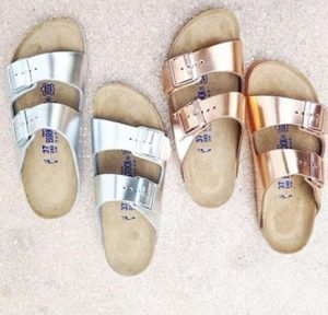 sandalias metalizádas
